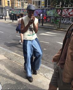 Stylish Mens Outfits, Cool Outfits, Fashion Outfits, Mode Streetwear, Streetwear Fashion, Baggy Clothes, Casual Clothes, 2000s Fashion, Mode Inspiration