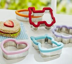 Stainless Sandwich Cutters #pbkids make school lunches fun!