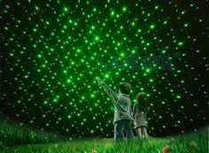 Ce pointeur laser vert ultra puissant a une apparence très parfaite, antidérapant. Ses matériaux sont en aluminium. peut être utilisé pour créer divers atmosphère visuelle, éclairage recherche scientifique, construction, militaire Manoeuvres, ou tout autre usage professionnel.