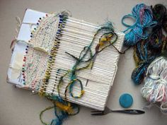 Ruth's weaving projects - one piece items using a cardboard loom and pins. Pin Weaving, Weaving Art, Loom Weaving, Tapestry Bag, Tapestry Weaving, Creative Textiles, Weaving Textiles, Weaving Projects, Fabric Jewelry