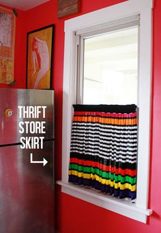 Thrift store skirt = 3 min kitchen curtain - #diy