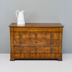 Walnut Commode - Decorative Collective Antiques Online, Selling Antiques, Brass Handles, House Numbers, Chest Of Drawers, Decorative Items, Dresser, Drawer Unit, Decorative Objects