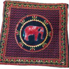 Black & maroon elephant handbag