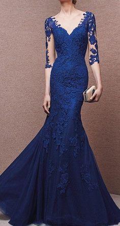 Impresionantes vestidos de fiesta largos en color azul | Bodas