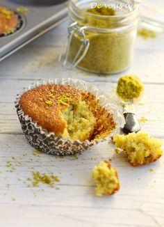 De vous à moi...: Cake (ou Muffins) Pistache, Citron et Fleur d'Oranger