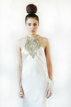 Johanna Johnson Avedon Dress | Adonye Jaja Photography | see more on: http://burnettsboards.com/2014/03/8-artistic-bridal-styles/