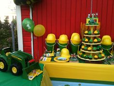 John Deere Farm Party  #johndeere #farmparty