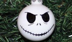 Jack Skellington Weihnachtskugeln - http://www.dravenstales.ch/jack-skellington-weihnachtskugeln/