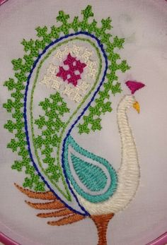 Tambour Embroidery, Hand Embroidery Videos, Hand Embroidery Tutorial, Hand Embroidery Stitches, Machine Embroidery Designs, Garba Dress, Peacock Embroidery Designs, Kutch Work Designs, Crochet Doll Dress