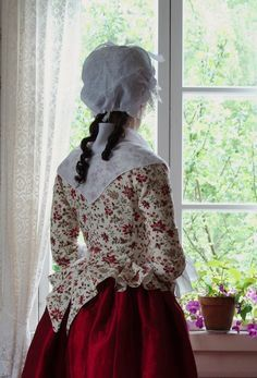 Previous Pinner: The jacket bodice pattern is a combination of my riding habit pattern and the skirts of the jacket (garment number in Costume Close Up, d. Me: Wow, the girl in the picture looks like Angelica from my novel I am writing. 18th Century Dress, 18th Century Costume, 18th Century Clothing, 18th Century Fashion, Vintage Dresses, Vintage Outfits, Vintage Fashion, Historical Costume, Historical Clothing