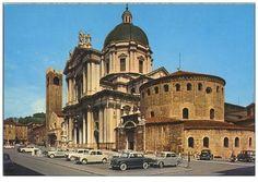 Piazza Duomo - Brescia 1960 Immagine inviata da Giuseppe Sandoni http://www.bresciavintage.it/brescia-antica/cartoline/piazza-duomo-brescia-1960/