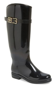 classic black rain boots http://rstyle.me/n/wtejebna57