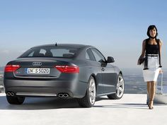 Audi Deutschland incorporó en sus concesionarios una aplicación para iPad que busca mejorar la atención al cliente, dando la posibilidad de mostrar información específica y también de medir la satisfacción de los clientes, todo esto en tiempo real.  Para tu empresa puedes hacer lo mismo con www.redcalidad.com
