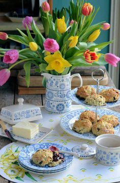 blue and white with bright tulips (Easter)