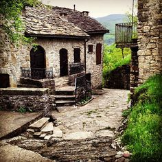 """Stones and grass..the little village of #Brugnello overlooking the #Trebbia Valley"" - Instagram by @n_montemaggi"