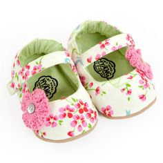 Girls Shoes - hand made in South Africa by Myang - www.myang.co.za  - baby shoes - buy on Etsy  #MYANG