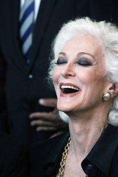 Carmen Dell' #Orefice. #Mature #woman, she is in her 80's. La classe dura per sempre!