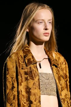 Dries Van Noten Spring 2015 Ready-to-Wear - Details - Gallery - Style.com
