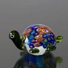 Mundblæst glas skildpadde, multi farvet, Højde: 5,5cm, Glas Kunst, Produceret for DPH Denmark