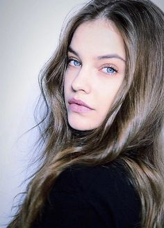 These pages are dedicated to the delectable Barbra Palvin. Barbara Palvin is a Hungarian model, actress and former Victoria's Secret model. Barbara Palvin, Budapest, Famous Girls, Victoria Secret Angels, Portrait, Beautiful Actresses, Most Beautiful Women, Beauty Women, Muse