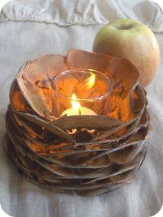 DIY Tutorial: DIY Fall Decor / DIY Pine Cone Votives - Bead&Cord