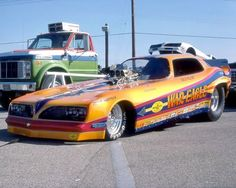 Funny Car- Pontiac War Eagle.