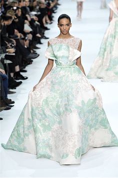 Sfilata Elie Saab Paris - Alta Moda Primavera Estate 2012 - Vogue