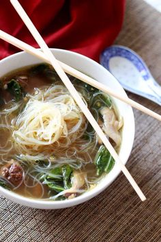 Asian Chicken Noodle Soup | This Asian Chicken Noodle Soup has an amazing authentic taste! The chicken marinated in Chinese Five Spice makes it amazingly tender…it melts in your mouth! The gluten free Mei Fun in this savory soup paired with the fresh ginger and garlic makes this dish over the top! Nothing screams savory like homemade chicken noodle soup…especially with an Asian flair!!