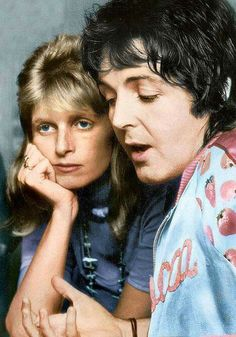 Paul and Linda McCartney circa mid 20th Century Music, Paul Mccartney And Wings, Sir Paul, Phil Collins, The Fab Four, Lucky Girl, Ringo Starr, Popular Music, John Lennon