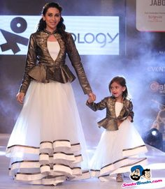 Karishma Kapoor Picture Gallery image # 298776 at Jabong Kids Fashion Week 2015 containing well categorized pictures,photos,pics and images. Mother Daughter Dresses Matching, Mother Daughter Fashion, Mom Daughter, Baby Girl Dresses, Baby Dress, Kids Party Wear, Kids Frocks Design, Indian Gowns Dresses, Kids Lehenga