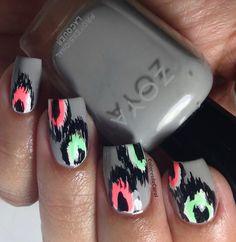 Colores de Carol: Ikat Nails