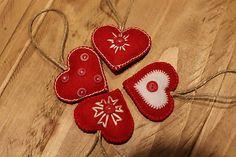 chalupkovo / Vianočné srdiečka - červené