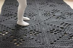Carpet Runners By The Foot Lowes Product Beige Carpet, Diy Carpet, Rugs On Carpet, Carpet Ideas, Painting Carpet, Crochet Home, Crochet Rugs, Jute Rug, Natural Rug