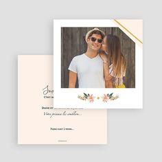 Save the date avec photo pour prévenir vos invités de votre cérémonie de mariage. Carte dans les tons pastels avec un motif floral #mariage #savethedate #mariagechampêtre