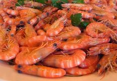 There are Gulf Shrimp, Farm Raised Shrimp, Tiger Shrimp, Imported Shrimp and Coldwater Shrimp. The flavor and texture of each type of shrimp are influenced by the waters they come from or are raise… Portuguese Recipes, Filipino Recipes, Food Truck Menu, Tiger Shrimp, Cod Fish Recipes, Shrimp Noodles, Food Lists, Carne, Seafood