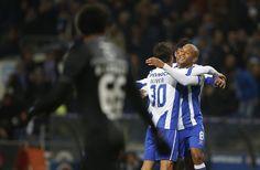 Brahimi festeja o seu golo contra o V. Guimarães RAFAEL MARCHANTE/REUTERS