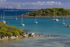 Jessica Alba unwinds in A-list island St Barts - hellomagazine.