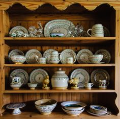 Nicholas Mosse Pottery Collection from Mary Cramer in Texas, USA