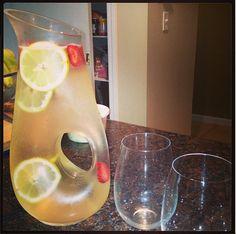 White wine strawberry lemonaid. Yummy!