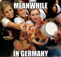 Bavarian Oktoberfest beer festival in Munich. Gotta go for Oktoberfest someday. This is on my bucket list! Beer Maid, Beer Girl, German Women, German Ladies, German Beer, Beer Festival, Best Beer, Craft Beer, Carne