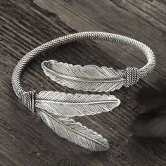 Three Feathers Bracelet - Western Wear, Equestrian Inspired Clothing, Jewelry, Home Décor, Gifts