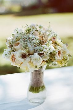 rustic + refined #bouquet | Bamber Photography
