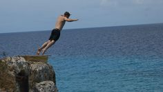 Klif springen bij westpunt Willemstad, Fitbit, Beach