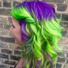 40 Two Tone Hair Styles - Hair - Hair Designs Neon Hair Color, Two Color Hair, Hair Colors, Purple And Green Hair, Neon Purple, Teintes Pastel, Edgy Hair, Trendy Hair, Funky Hair