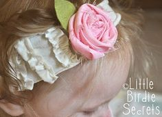 Birdie Little Secrets: Cómo hacer un clip de tela roseta