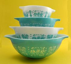 Vintage pyrex  - I was thrilled to find a few pieces of this butterprint pattern recently and now I keep seeing photos of it everywhere. Love the color.