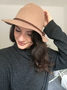 Autumn Fashion time for hat lover