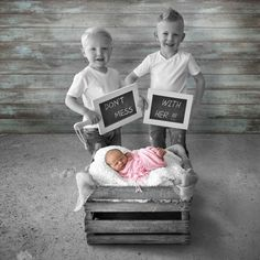 Very cute birth announcement. Don't mess with her !  Photo of big brothers with little sister. Made by Manjafique