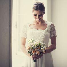 Vestido de noiva MANGA CURTA COM RENDA