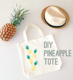 100 + Ridiculously DIY Pineapple Crafts You Will Love To Make - Christmas-Desserts Diy Pouch No Zipper, Potato Stamp, Pineapple Crochet, Diy Tote Bag, Party Decoration, Decorations, Casual Bags, Canvas Tote Bags, Parties